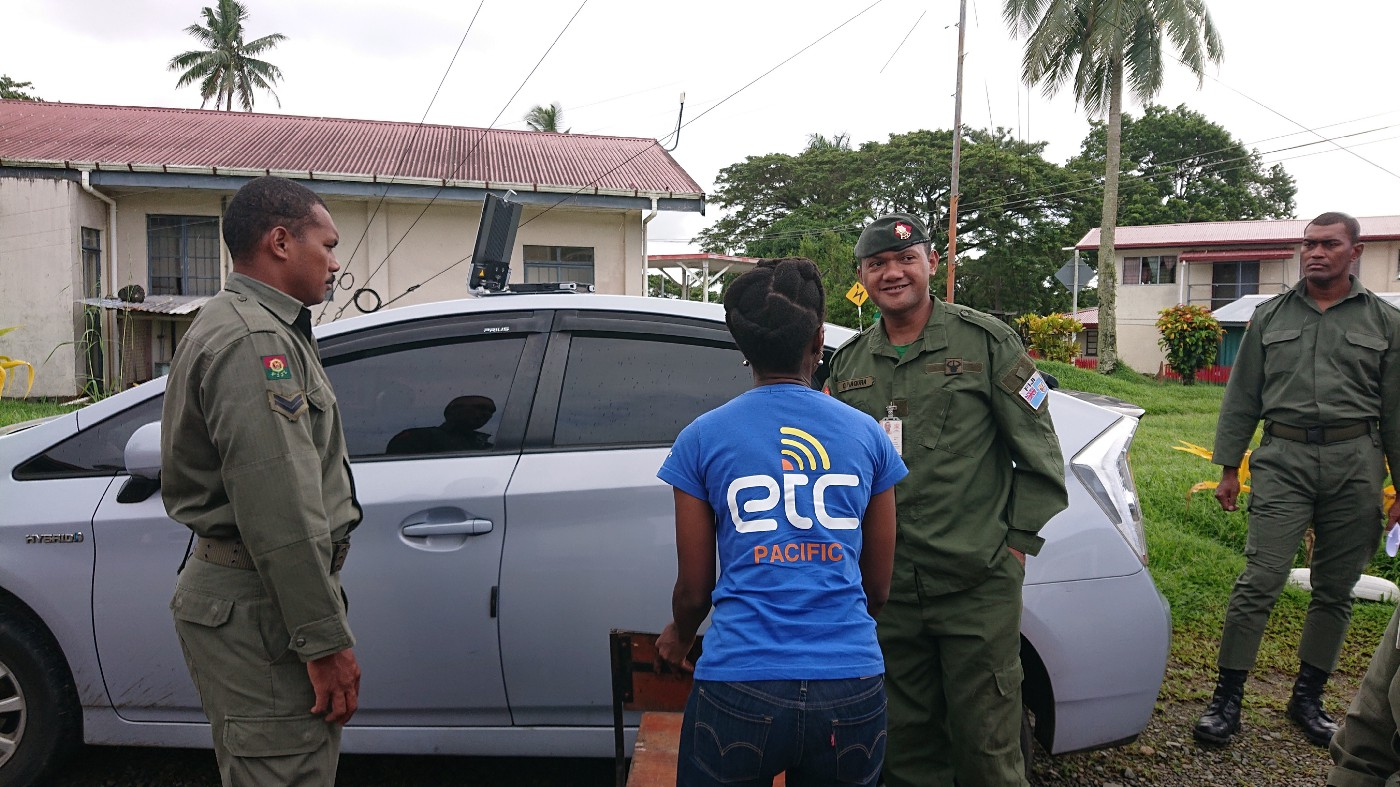 The ETC Coordinator in the Pacific trains response teams on satellite communications, within the boundaries of Suva. Photo: ETC/WFP